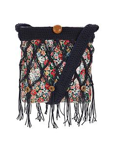 joe-browns-pretty-unique-macrame-bag