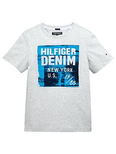 tommy-hilfiger-logo-graphic-tshirt