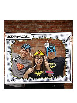 dc-comics-photobooth-props
