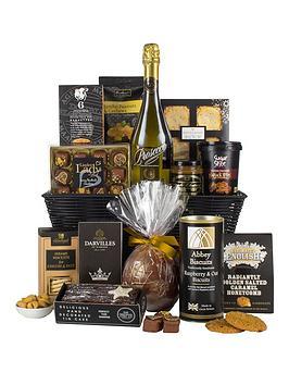 virginia-hayward-black-amp-gold-hamper-the-magic-of-christmas