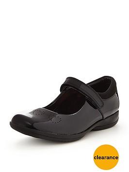 clarks-girls-friend-fizz-shoe