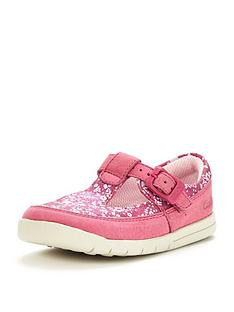 clarks-crazy-tale-first-shoe
