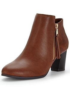 wallis-alaska-ankle-boot