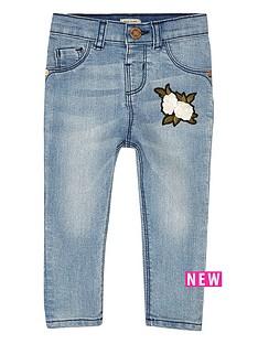 river-island-mini-mini-girls-blue-wash-badge-skinny-jeans