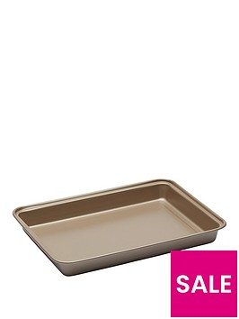 paul-hollywood-10-inch-non-stick-brownie-pan