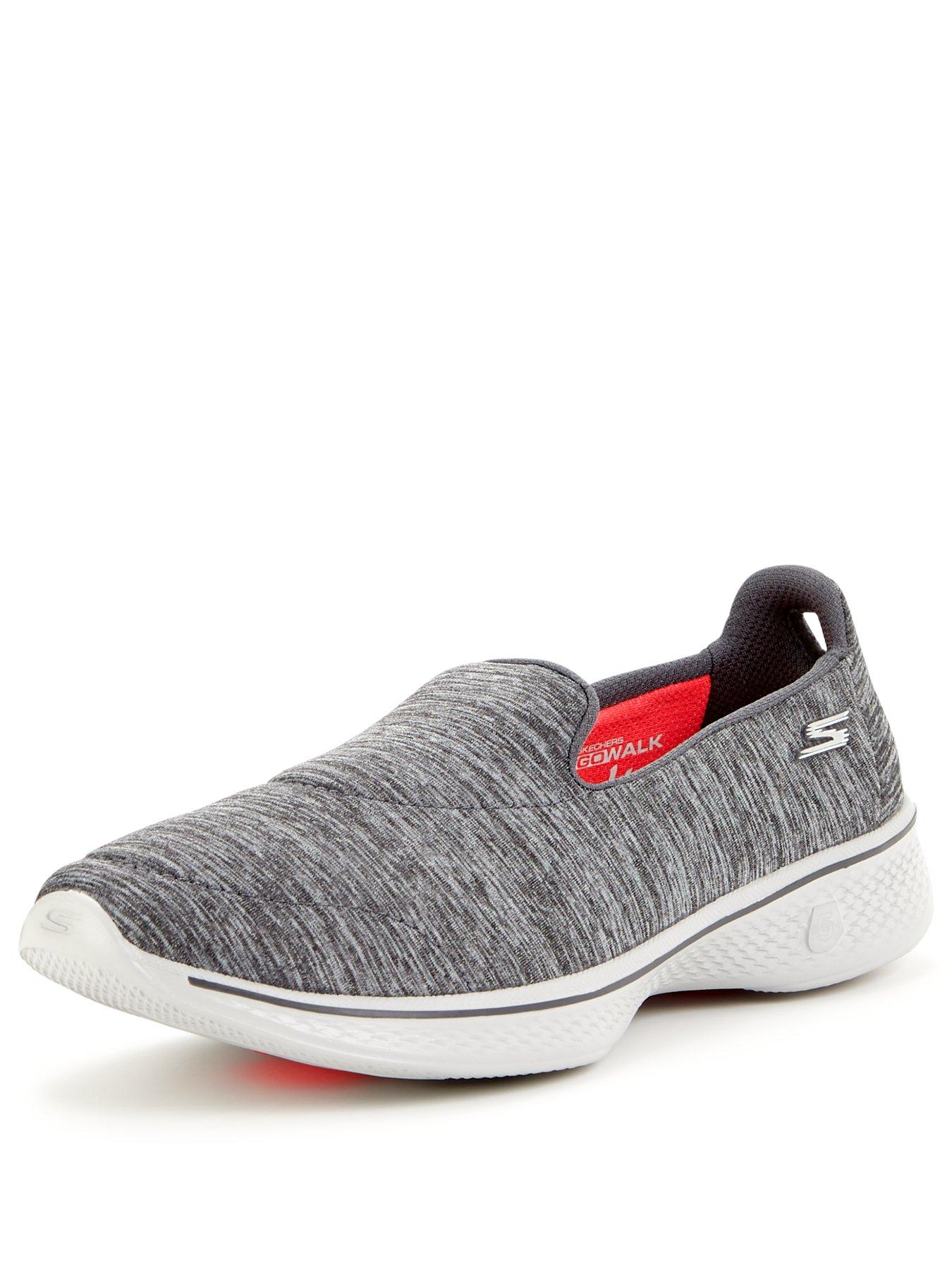 Find helpful customer reviews and review ratings for Skechers Performance Men's Go Walk 2 at reofeskofu.tk Read honest and unbiased product reviews from our users.