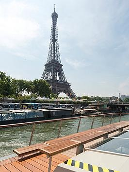 virgin-experience-days-day-trip-to-paris-by-eurostar-and-three-course-lunch-cruise-on-board-bateaux-parisien-for-two