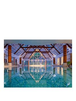 virgin-experience-days-the-champneys-day-at-forest-mere-or-tring-luxury-spa-resort