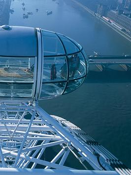 virgin-experience-days-visit-to-coca-cola-london-eye-and-two-course-meal-at-tattershall-castle-restaurant-boat-for-two