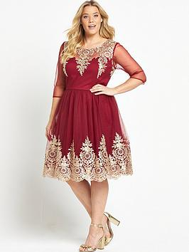 chi-chi-london-curve-embroidered-short-sleeve-dress-red