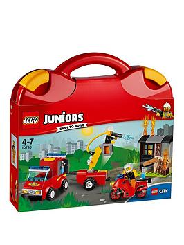 lego-juniors-10740-fire-patrol-suitcasenbsp