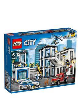 lego-city-60047-police-station