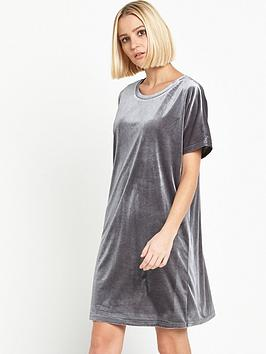 glamorous-short-sleeve-velvet-dress-charcoal