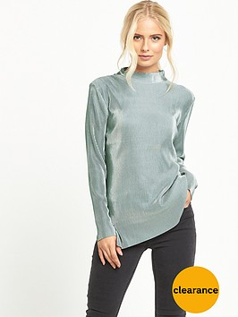 glamorous-high-neck-pleated-top