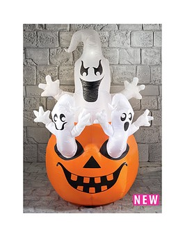 inflatable-ghosts-on-pumpkin-16m