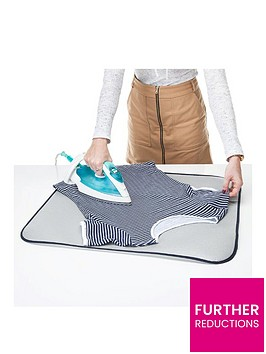 minky-ironpad-with-reflector-cover-70-x-60cm