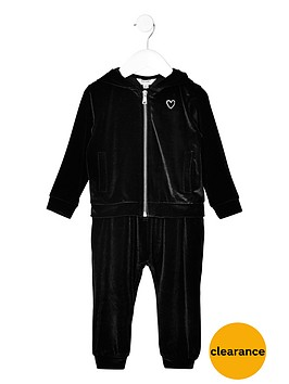 river-island-mini-girls-black-velvet-hoodie-and-joggers-outfit