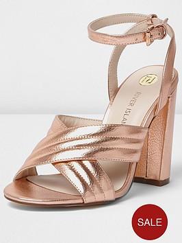 river-island-quilted-cross-strap-block-heel-sandal