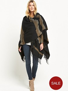 lee-poncho-black