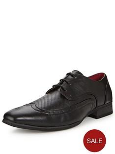 unsung-hero-jarvis-perf-detail-shoe