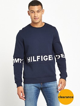 tommy-jeans-text-logo-crew-sweatshirt