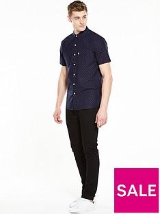 levis-short-sleeved-sunset-one-pocket-shirt