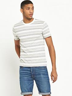 levis-short-sleeved-set-in-mission-tshirt