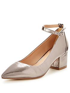 v-by-very-kourtney-pointed-low-block-heel