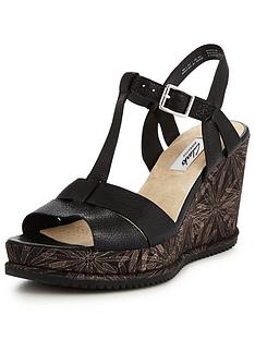 clarks-adesha-river-low-wedge-sandal