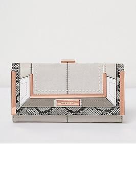 river-island-snake-detail-purse