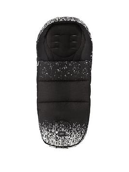 mamas-papas-urbo2-footmuff-ombre-pewter
