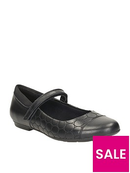 clarks-girls-tizz-whizz-shoes