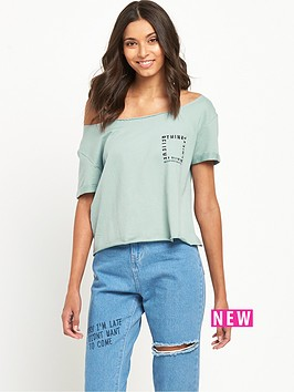 noisy-may-kicks-back-noisy-may-kicks-back-gigi-ss-crop-sweat-top