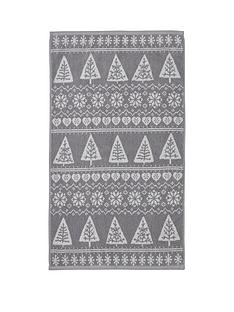 catherine-lansfield-nordic-trees-bath-towel