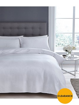 silentnight-300-thread-count-sateen-stripe-king-size-duvet-cover-set