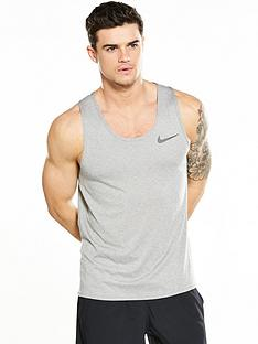 nike-breathe-training-tank