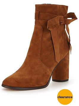 miss-selfridge-alixe-suede-ankle-boot-tan