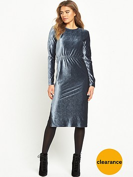glamorous-ripple-effect-midi-dress-navy