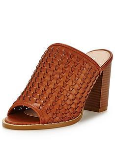 glamorous-heeled-mule