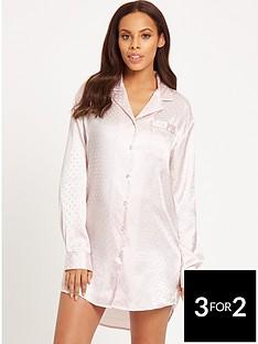 rochelle-humes-spot-satin-nightdress-peach