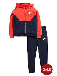 nike-young-boys-fleece-tracksuit