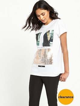 river-island-short-sleeve-boyfriend-t-shirt