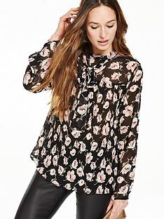 v-by-very-pleated-high-neck-floral-blouse