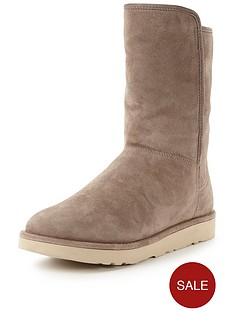 ugg-abree-short-boot