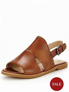 hush-puppies-adiron-chrissie-flat-sandal