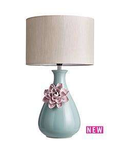 homespun-flower-table-lamp