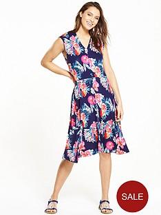joe-browns-fabulous-flattering-dress