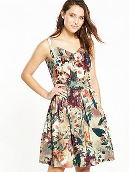joe-browns-chic-floral-dress