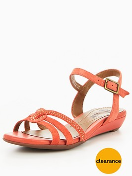 clarks-bianca-crown-jewel-flat-sandal