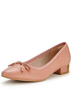 clarks-eliberry-isla-block-heel-ballerina